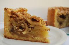 Rústica de manzanas, una de nuestras favoritas de todos los tiempos. Lleva almendras, pasas, toque de canela..y MUUUUCHA manzana!! Cheesesteak, Pie, Ethnic Recipes, Desserts, Food, Canela, Raisin, Almonds, Deserts
