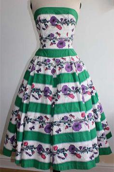 Advantage In Vintage: Sale of the Horrockses brand name 50s Dresses, Vintage Dresses, Vintage Outfits, Vintage Fashion, Summer Dresses, Weird Fashion, Rockabilly Fashion, Vintage Wear, Vintage Fabrics