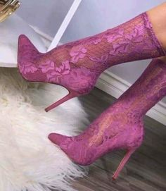 In today's society, high-heeled shoes are a female's weapon. Every woman has at least one pair of these shoes in her closet making the shoe market one of the most profitable in the fashion world. High Heel Boots, Heeled Boots, Bootie Boots, Lace Booties, Hot Shoes, Shoes Heels, Lace Shoes, Stiletto Heels, Looks Rihanna