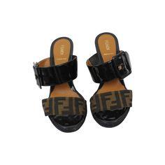 Mules Fendi www.jolicloset.com  #mules #fendi #luxe #mode #fashion #paris #chaussures #sandales