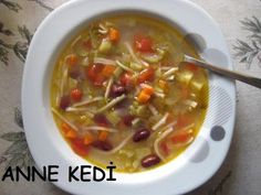 ANNE KEDİ: Minestrone Çorbası / Sebzeli İtalyan Çorbası