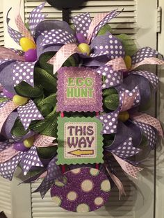 """Easter Deco Mesh Wreath """"Egg Hunt This Way"""" by Gypsy505Soul on Etsy"""