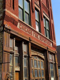 Old Chicago Fire Station No. 42. (Built in 1888) | Shared by LION