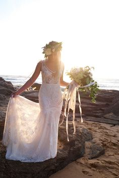 Boho beach wedding dress from Etsy | Lauren Metzler Photography | See more: http://theweddingplaybook.com/tips-on-shopping-etsy-for-your-wedding/