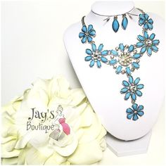 HOST PICKAqua flower necklace✨ Beautiful aqua flower drop necklace and earring set Jewelry Necklaces