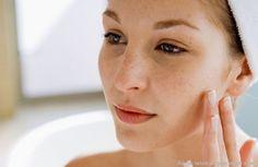 Descubre cómo conseguir pecas naturales con tu maquillaje