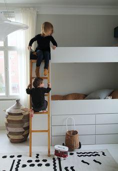 Cool Beds for Boys Baby Boy Rooms, Baby Bedroom, Kids Bedroom, Ikea, Cool Beds For Boys, Diy Bunkbeds, Brothers Room, Scandinavian Kids Rooms, Classy Living Room