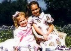 Hilary e Haylie na infância, confira mais fotos: http://hilaryduffgaleria.blogspot.com.br/search?q=Fotos+na+inf%C3%A2ncia.