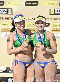Atletas militares do Programa Olímpico da Marinha, as Sargentos Ágatha Bednarczuk Rippel e Bárbara Seixas de Freitas são campeãs do Circuito Mundial de Vôlei de Praia. Em 2015, a dupla foi considerada a melhor do ano, pela Federação Internacional de Voleibol.