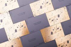 Golden concrete architect business card - Mindsparkle Mag