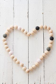 Wooden beads trivet