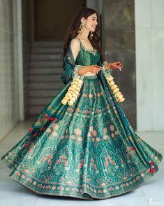 Top 100+ Stylish Wedding Dresses For Both Brides & Grooms Green Lehenga, Silk Lehenga, Bridal Lehenga, Indian Lehenga, Indian Fashion Dresses, Indian Outfits, Mehendi Outfits, Fashion Outfits, Indian Wedding Wear