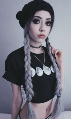 Read *kiittenymph from the story Chicas Para Tus Novelas by MyDreamNeverDie (Sofia) with reads. Nu Goth, Twisted Hair, Indie, Gothic, Pastel Goth Fashion, Hipster, Punk, Kawaii, Grunge Girl