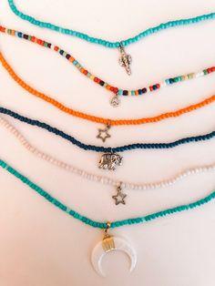 beadedjewelry charm collier With perlen Accesories Accesories jewelry Accesories bag Accesories aesthetic Accesories head Accesories fashion Accesories earrings Accesories necklace Beaded Earrings, Beaded Jewelry, Handmade Jewelry, Jewelry Necklaces, Necklace Ideas, Handmade Beads, Jewelry Findings, Necklace Designs, Bracelet Designs
