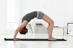Finn alle programmene til yogaskolen her og bli frisk, sterk og smidig på 12 uker.