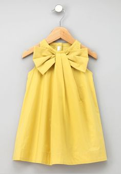 DIY bow dress for little girls