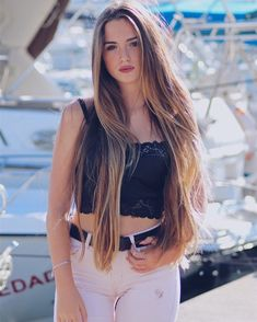 Interesting Hairdressing Tips You Should Use – Hair Wonders Beautiful Long Hair, Gorgeous Hair, Long Hair Tumblr, Straight Hairstyles, Cool Hairstyles, Stylish Girl Pic, Very Long Hair, Malta, Beauty Women