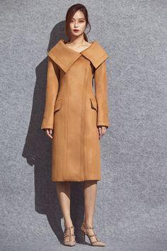 Designer clothing by avouavou 아보아보 Vintage Coat, Designer Clothing, Hijab Fashion, Coats For Women, Camel, Duster Coat, Cashmere, Street Style, Formal
