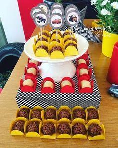 Palitos decorativos Carros :: flavoli.net - Papelaria Personalizada :: Contato: (21) 98-836-0113 vendas@flavoli.net