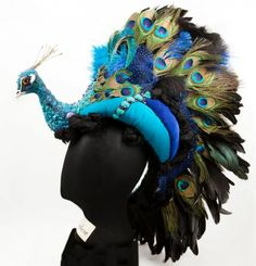 Lady_peacock_hat_kate_winslet_1