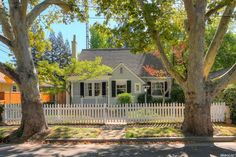 1917 40th St, Sacramento, CA 95819 | MLS #16050056 - Zillow