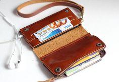 Braun iPhone5 Bifold Leder iPhone Geldbörse Wristlet mit großen Reißverschluss on Etsy, 31,01€