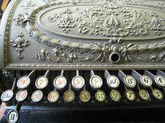 old fashioned British Cash Register Old Fashioned Typewriter, Antique Typewriter, Vintage Love, Vintage Beauty, Vintage Cash Register, Vintage Typewriters, Letter Writing, Decoration, Vintage Antiques