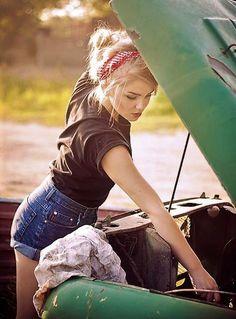 23 Ideas Vintage Cars Photography Pin Up Photo Shoot - PinUp Girls Rockabilly Moda, Rockabilly Pin Up, Rockabilly Fashion, Greaser Fashion, Rockabilly Shoes, Pin Up Vintage, Mode Vintage, Vintage Ideas, Pin Up Girls