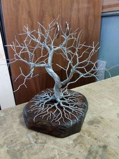 """Learn even more info on """"metal tree art wall"""". Have a look at our website. Metal Tree Wall Art, Diy Wall Art, Diy Art, Copper Wire Art, Wire Tree Sculpture, Tree Wall Decor, Art Decor, Wire Trees, Wire Weaving"""