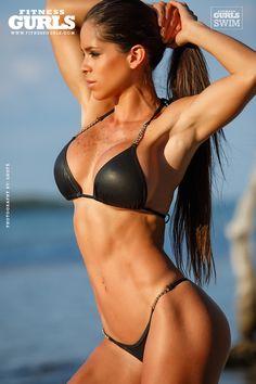 Michelle Lewin - Hottest Fitness Women http://fitness-bodybuilding-beauties.blogspot.com/2015/09/michelle-lewin-hottest-fitness-women.html