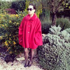 Capa by @VencaEs #venca #caperucita roja #moda #fashion #outfit