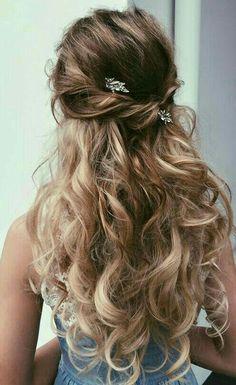 Balayage half up curly hair #gorgeoushair