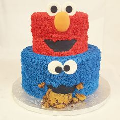 """""""C"""" is for cookie.. and cake! The sesame street gang is ready to party with this cake"""