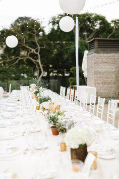 Photography: Erin Hearts Court - erinheartscourt.com  Read More: http://www.stylemepretty.com/2015/05/08/elegant-outdoor-spring-wedding-in-california/