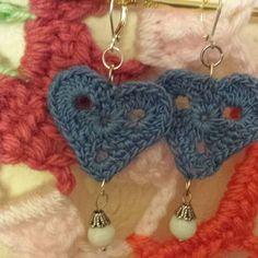 gigididthis crochet heart earrings