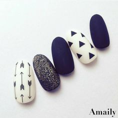 Super cute! Designed by @amaily_jp featuring Amaily's Native Patterns stickers. Shop for these easy to use, premium Japanese nail art stickers at DAILYCHARME.COM!�