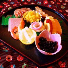 ワンプレートおせち Japanese Food, Bento, Chocolate Fondue, Acai Bowl, Cooking Recipes, Plates, Dishes, My Favorite Things, Breakfast