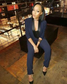 Thando Thabethe Casual Work Outfits, Work Casual, Cute Outfits, Beautiful South African Women, My Girl, That Look, Suit Jacket, Celebs, Blazer