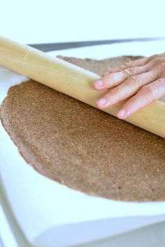 almond pizza crust