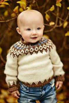 Ravelry: Project Gallery for Child& Icelandic Pullover pattern by Astrid Ellingsen Ravelry: Project Gallery for Childs Icelandic Pullover pattern by Astrid Ellingsen Baby Sweater Patterns, Fair Isle Knitting Patterns, Knit Baby Sweaters, Knitting Designs, Baby Patterns, Knit Patterns, Knitting For Kids, Crochet For Kids, Knit Crochet