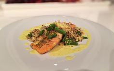 Lachsflet mit Bulgur-Quinoa und Curryschaum von cookingsociety.at Curry, Quinoa, Risotto, Tacos, Eat, Ethnic Recipes, Food, Bulgur, New Recipes