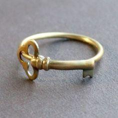 Simple Key Ring-La Clé des Montagnes- Franschhoek