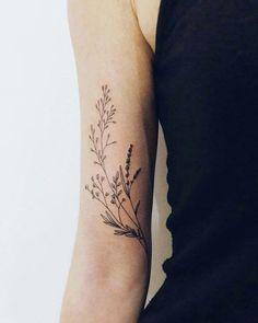 Dainty Tattoos, Pretty Tattoos, Beautiful Tattoos, Small Tattoos, Cool Tattoos, Sexy Tattoos, Feminine Arm Tattoos, Incredible Tattoos, Feather Tattoos