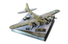 """WWII Boeing B-17F Flying Fortress """"Memphis Belle"""" Bomber Free Aircraft Paper Model Download"""