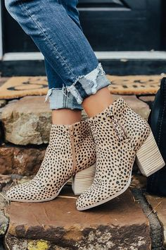 The Bowie Cheetah Print Bootie Cheetah Clothes, Cheetah Print Shoes, Cath Kidston, Cute Shoes, Me Too Shoes, Awesome Shoes, Fall Outfits, Cute Outfits, Country Outfits