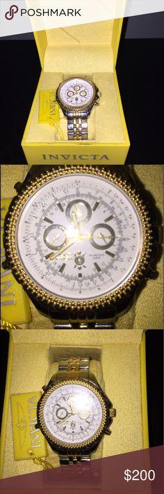 Men's watch Men's gently worn Invicta watch. Stainless steel, 100 meter water resistant Invicta Accessories Watches