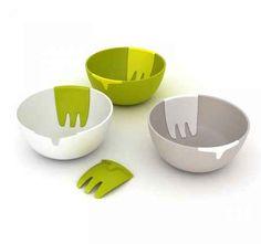 Un tazón para la ensalada que trae sus propios cubiertos: | 25 productos ingeniosos que te harán ahorrar mucho espacio