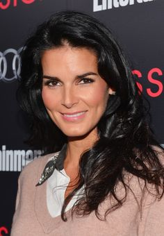 Angie Harmon - The Entertainment Weekly Pre-SAG Party Hosted By Essie And Audi - Red Carpet