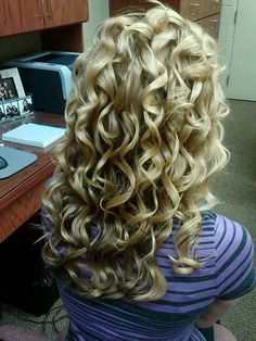 Ponytail Hairstyles, Hairstyles With Bangs, Weave Hairstyles, Pretty Hairstyles, Straight Hairstyles, Medium Hair Styles, Curly Hair Styles, Natural Hair Styles, Medium Curly
