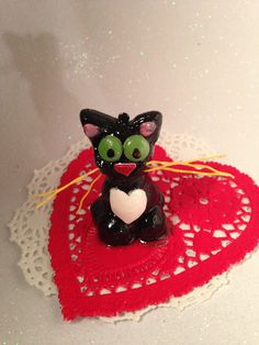 #cute #animal #kitty #cat Cake #caketopper #birthday #congrats #special #occasion #celebrate #celebration #loveyou #newbaby #newhome #kids #kids #party
